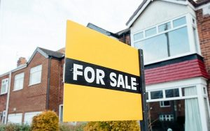 Estate agent to sell home