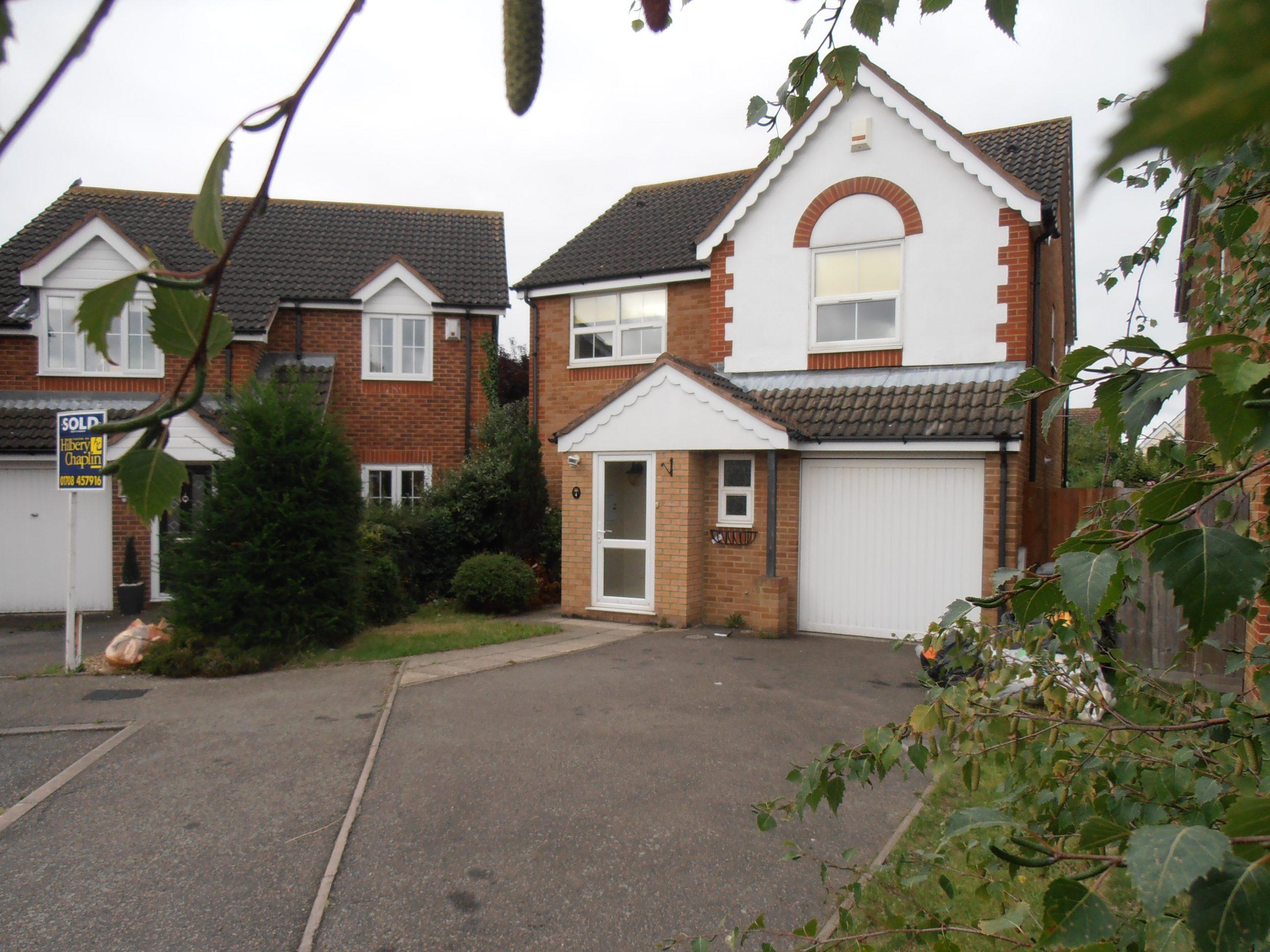 Harrow Drive House Let