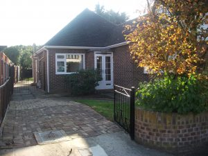 Walden Road, Hornchurch, RM11 – 3 Bed Chalet Bungalow