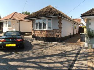 Bellhouse Lane, Leigh-On-Sea, SS9 – 2 Bed Bungalow